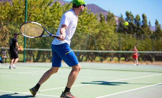 tennis camping corse