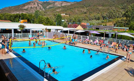 animation piscine camping corse
